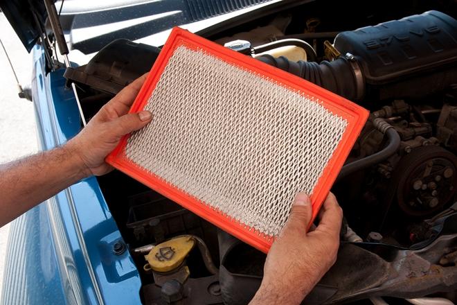 Bardzo dobry Wymiana filtrów: kabinowego, filtra paliwa i filtra powietrza w XB62