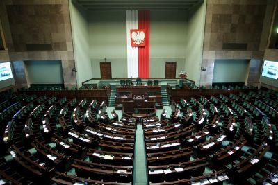 Rada Ministrów, określana popularnie rządem, jest częścią władzy wykonawczej w Polsce.